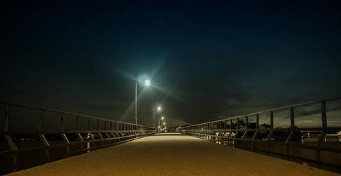 Bridge in the Night by qwstarplayer
