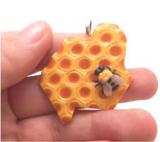 Handmade miniature honeybee, honeycomb by MiniSweetx