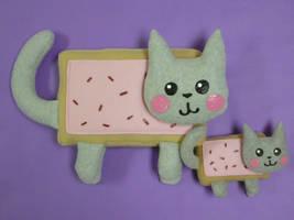 Nyan Cat Plushies by FishingForBirdies
