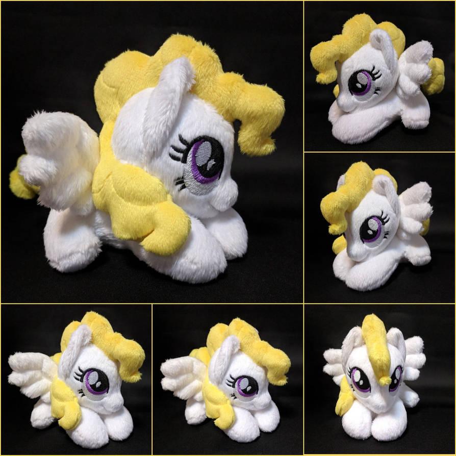 Plushie Surprise Pony by Burgunzik