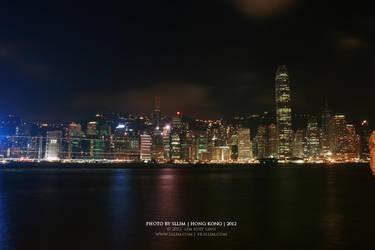 Hong Kong at night by sllim
