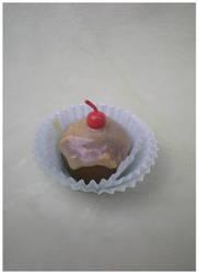 Cupcake by Foureyedalien