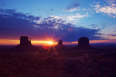 Monument Valley - Dawn Of A New Era by scumpi