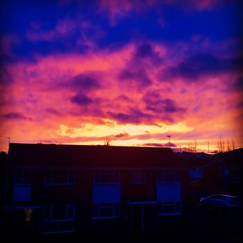 Urban Sunset by SilentGilo