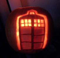TARDIS-o-Lantern by Squeebone