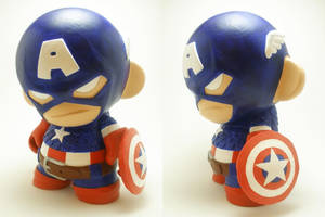 Captain America Munny by xf4LL3n