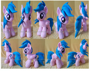 Firefly plush  for SALE (cash or points) by FeneksiA