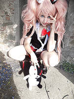 Enoshima Junko Cosplay 2 by AliceNero