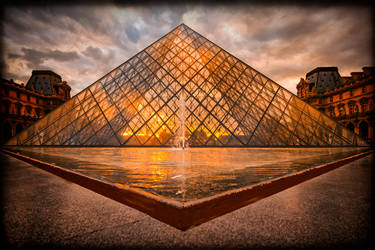 The Louvre by calimer00