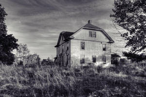 Abandoned Farm House by FallStand