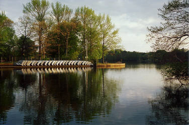 Belmont Lake by Leasie