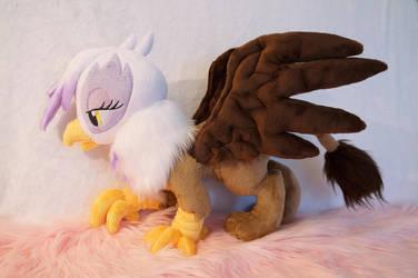 Gilda the griffon plush! by FatalPlush