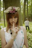 shhhh..... by EtanOlka