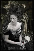 Queen of black by Heliakin