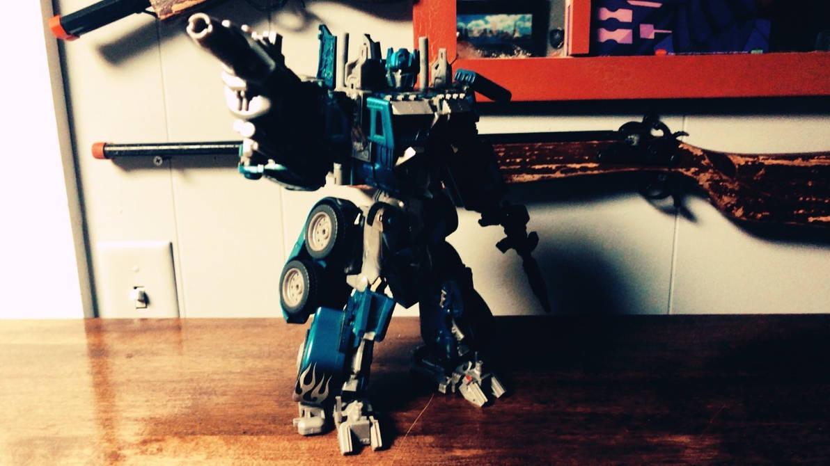 Electron Prime figure ( Night Watch Optimus Prime by Transformerbrett97