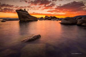 Bonsai Rock, Lake Tahoe by sergey1984