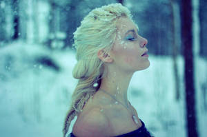 Frozen by Mirish