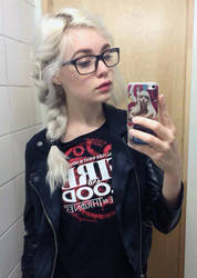 Direwolves are too mainstream - Hipster Daenerys by Mirish