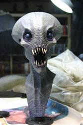 Alien bust by Caseylovedesigns