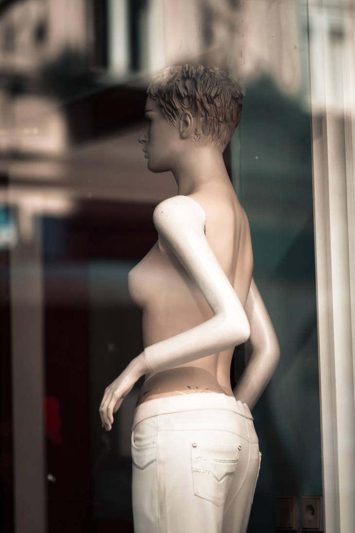Mannequin 10 by nilfgaad