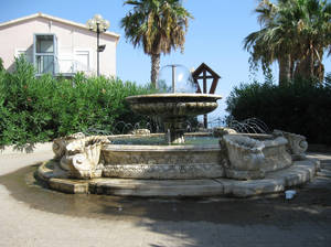 Fountain 02 by Olgola