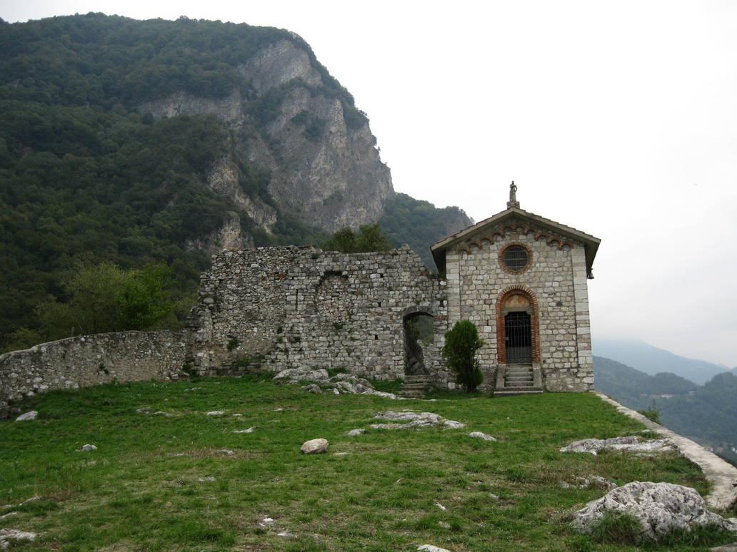 Castle Ruin 02 by Olgola