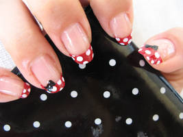 Minnie Mouse Nails by oMARUo