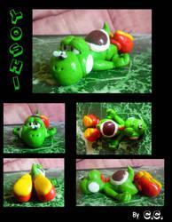 Yoshi figurine (handmade) by SalamiCC