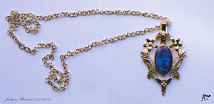 golden pendant with opal by Ajsena