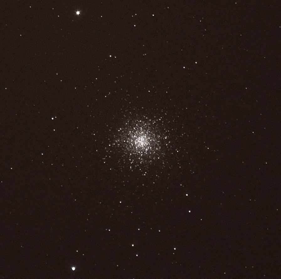 Globular Cluster Messier 31 by stormbaldur56