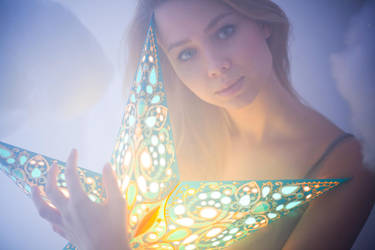 to glow by Zaratops