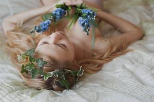 ophelia's dream by Zaratops