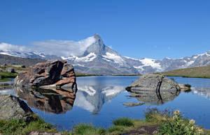 The Matterhorn reflected in the Stiijisee by artamusica