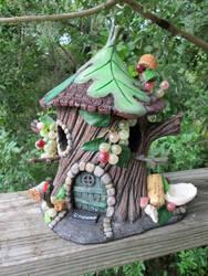 Pixie Napa Valley house bird feeder. by flintlockprivateer