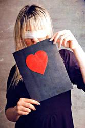 love by t4nsu