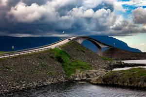 Atlantic Ocean Road by ajonsaas