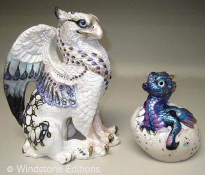 Griffin and hatching dragon by Reptangle
