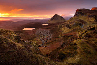 Majestic sunrise at Quiraing by pestilence