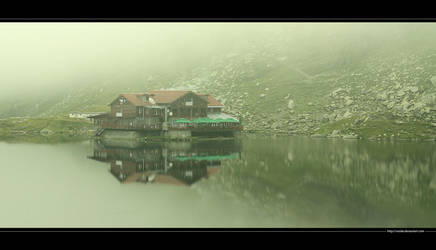 Mists over The Balea Lake by vxside