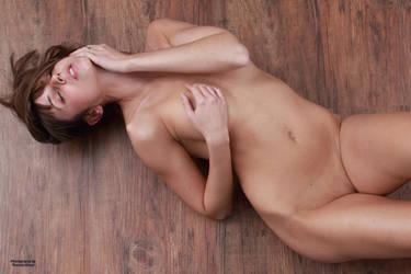 Emelie nude 24 by PhotographyThomasKru