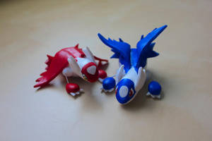 Latios and Latias by lonelysouthpaw