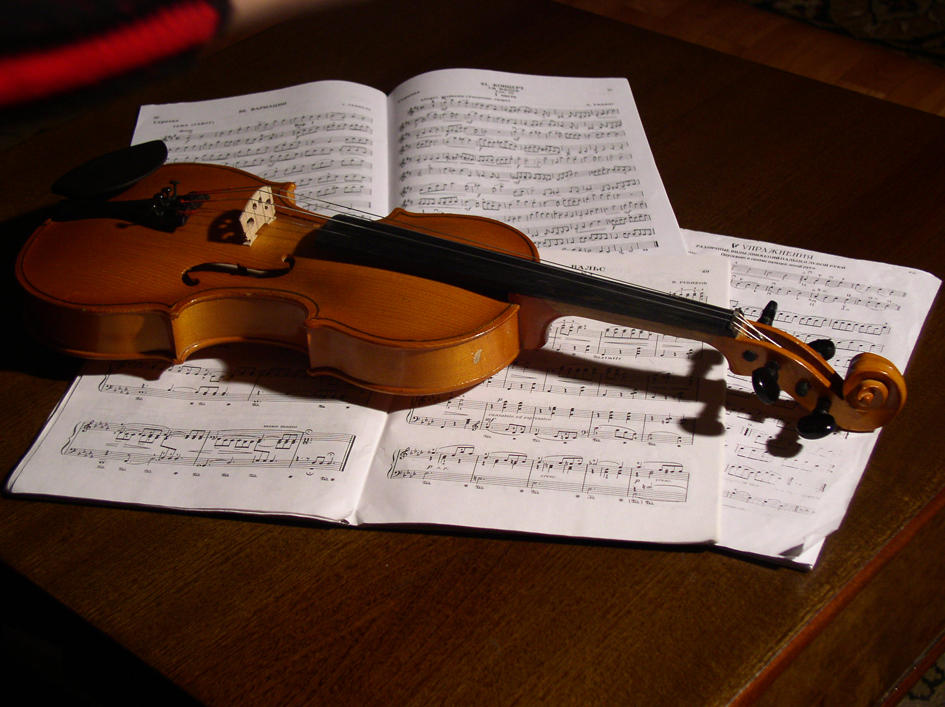 Violin by tener-stock