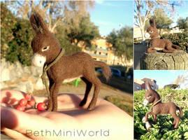Dollhouse 1:12 miniature Baby Donkey-needle felted by BethMiniWorld