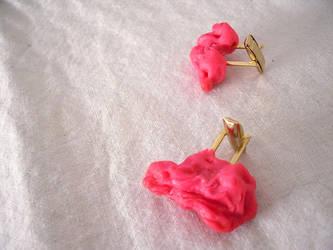 chewing gum cufflinks by plavalaguna
