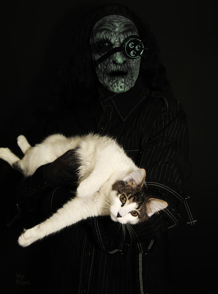 Evildoer and Cat by Onyx-Philomel