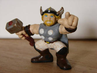 Mini-Thor :: customized figure by SingingMollusk