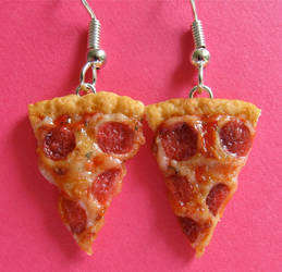 New Pepperoni Pizza Earrings by LittleSweetDreams