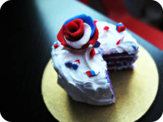 4th of July Cake by cupcakecutiefriends