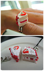 Strawberry Shortcake Charms by cupcakecutiefriends