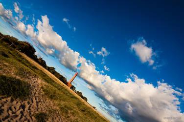 lighthouse by reuschi